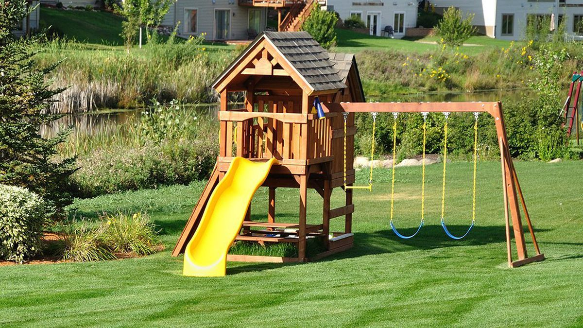 Kids Need The Best Swing Sets to Enjoy Childhood