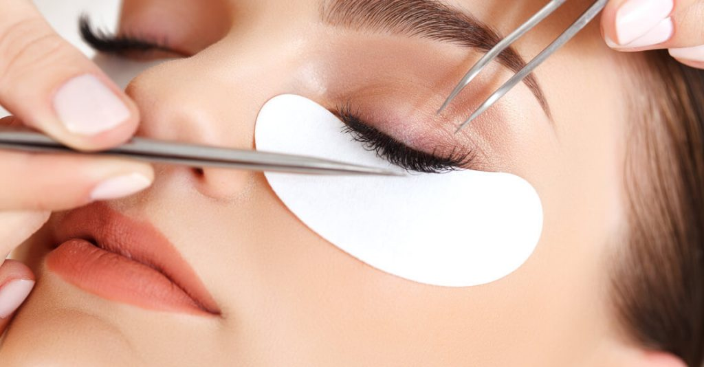 About Lash Extension Course Training To Become An Expert