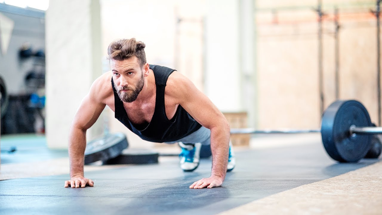 Should You Workout With a Fitness Instructor? Find Out Here